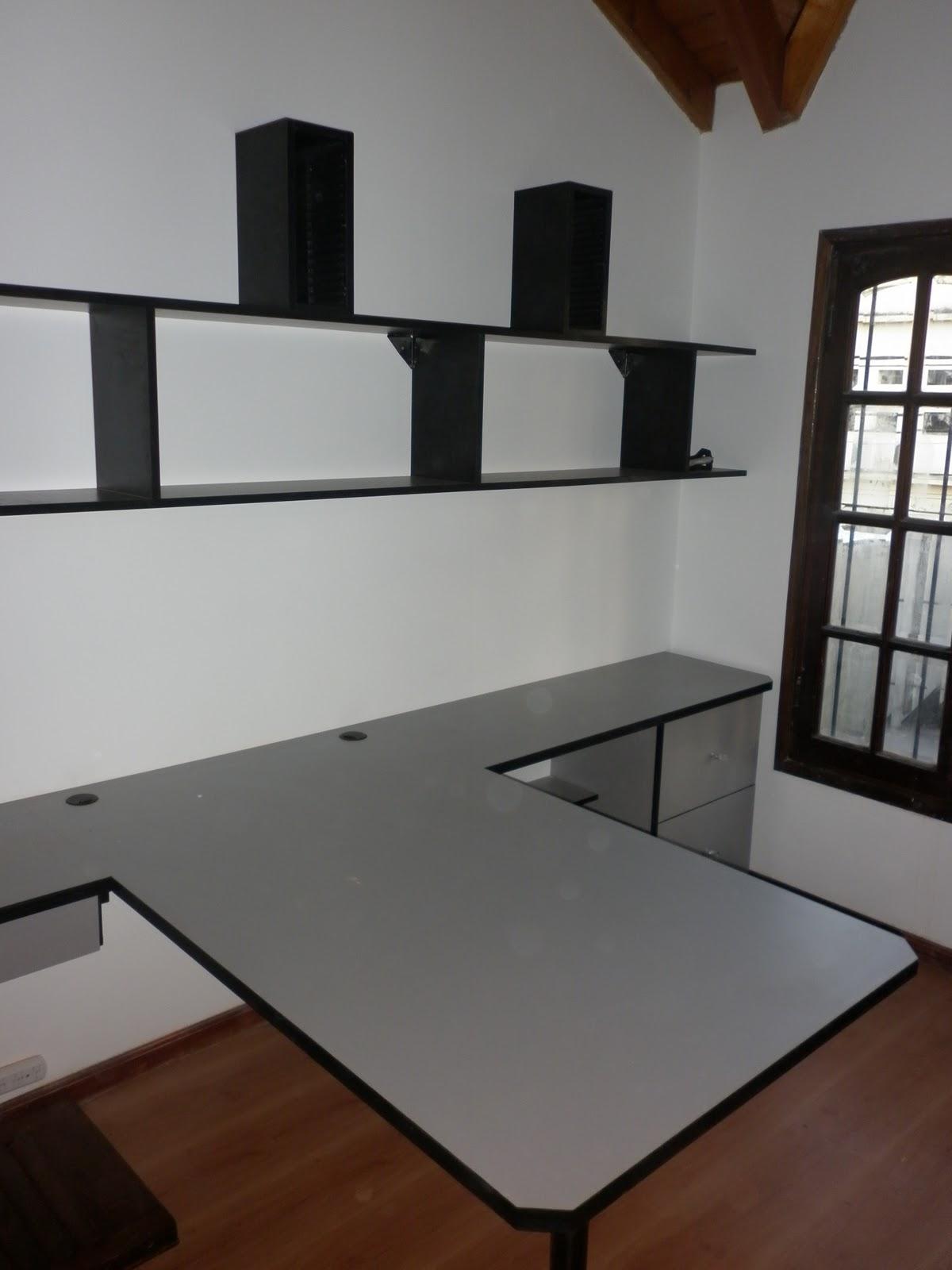 Reynaga muebles estudio oficina en melamina con estantes for Estantes de oficina
