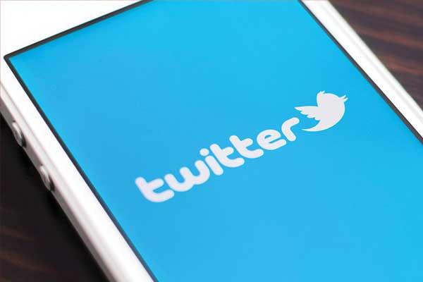 تويتر تكشف عن أكثر المواضيع انتشارا على موقعها في 2015