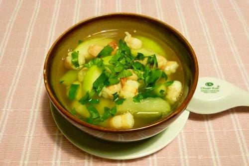 Green Gourd Soup with Fresh Prawns - Canh Bí Đao Tôm Tươi