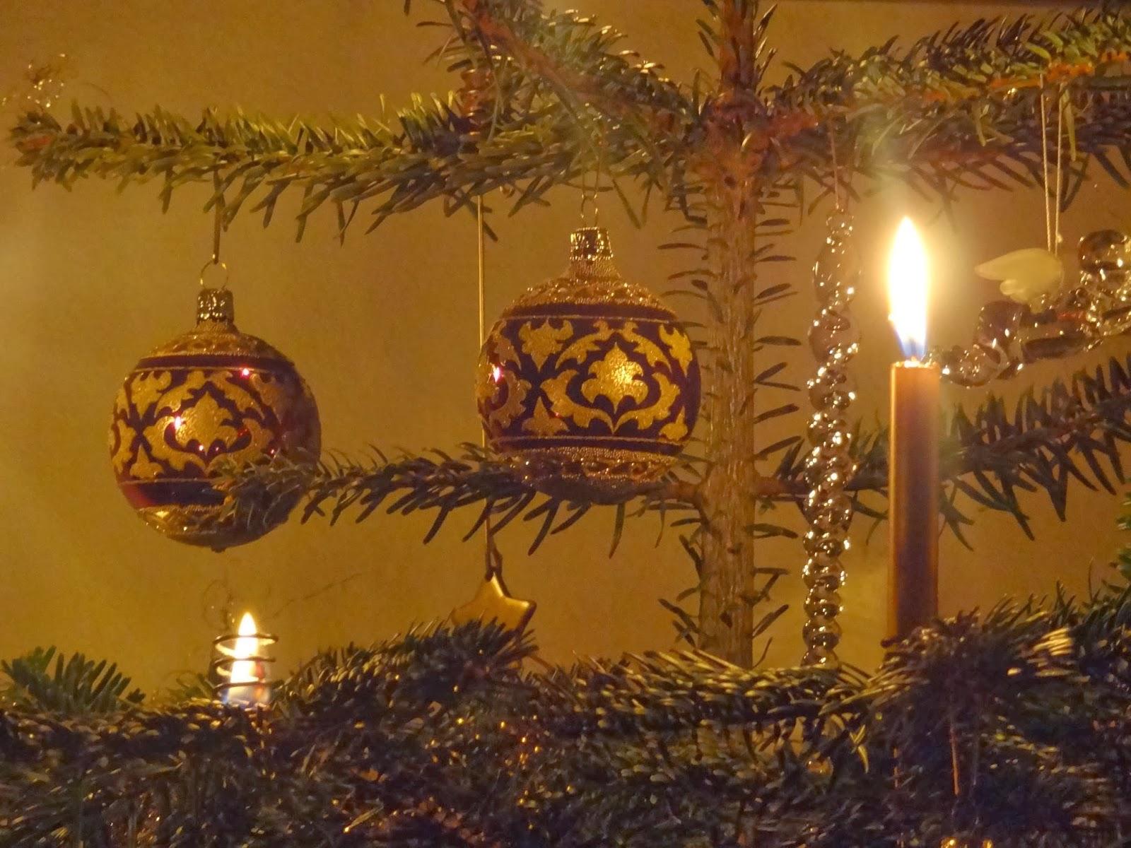 Theologie: Ein gutes von Gott gesegnetes neues Jahr wünsch ich allen ...
