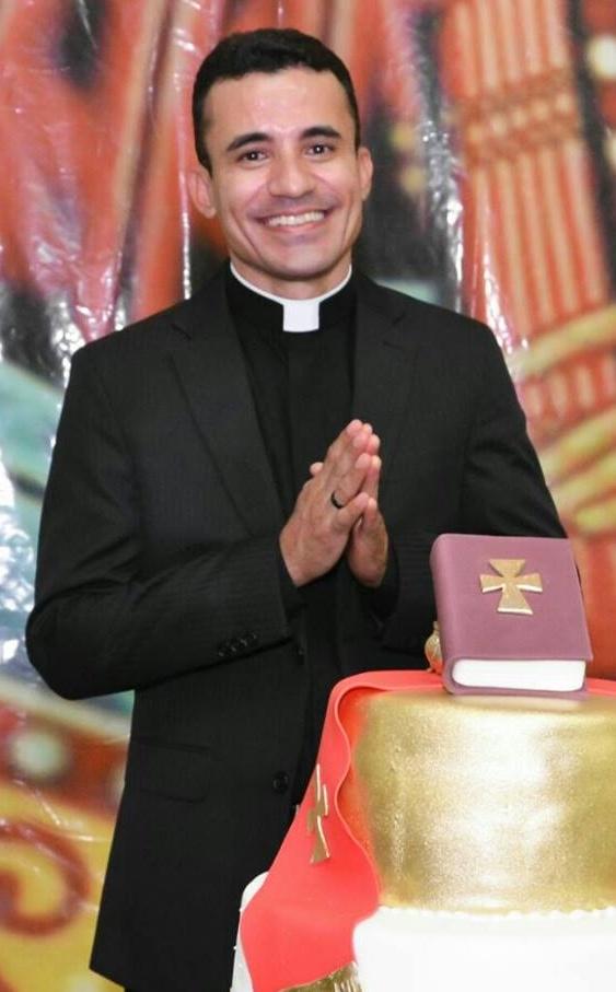 Padre Breno Gomes