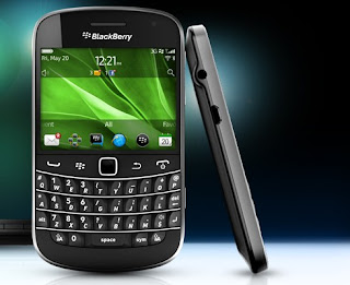 BlackBerry Bold 9900 and 9930