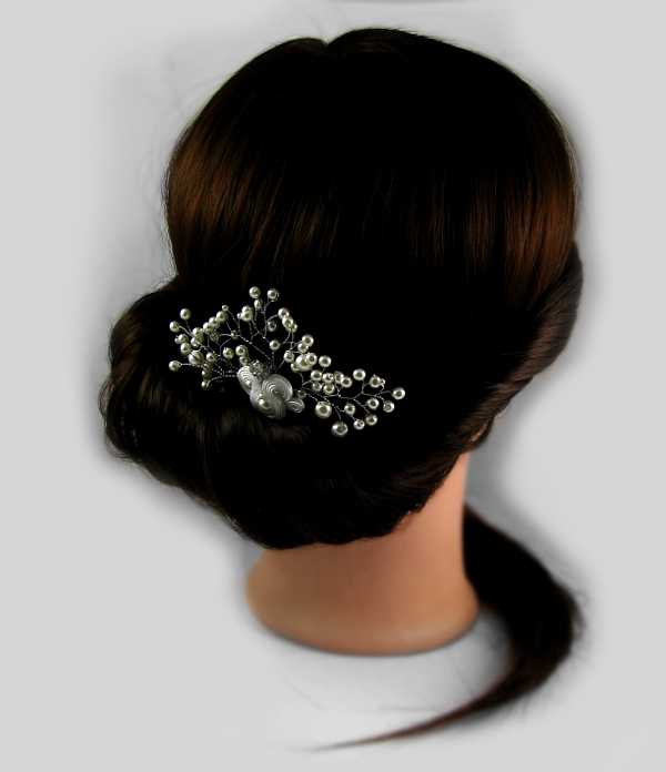 """Ślubny, ozdobny grzebień z perłami i sutaszem, """"Rossa Pearl Soutache"""" z gtałązkami."""