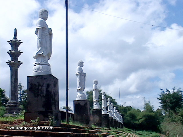 Chua-Mimh-Thanh-Gia-Lai-Pleiku-voluongcongduc.com-7