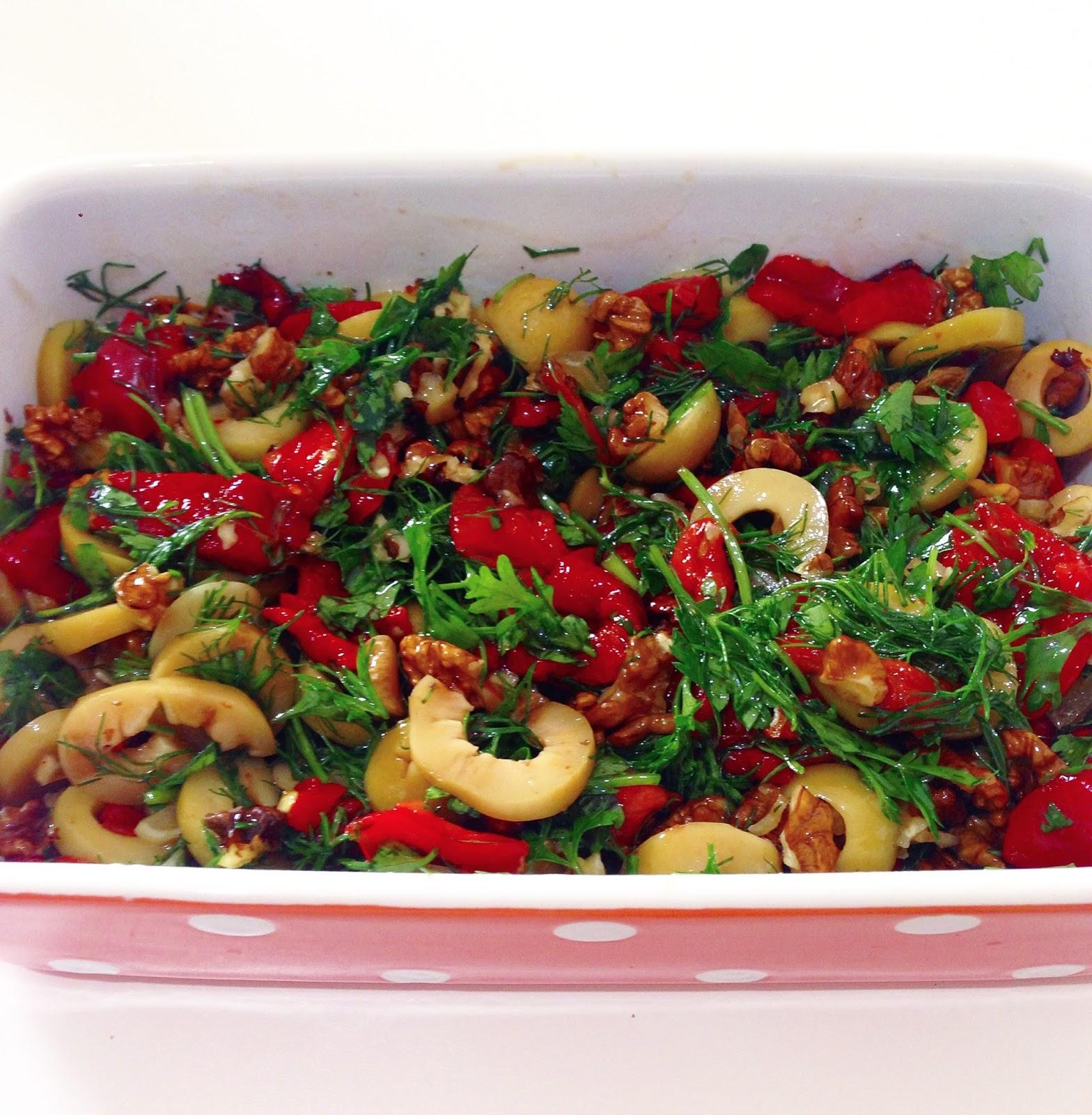 Kırmızı Pancar Salatası (Cevizli Fındıklı)
