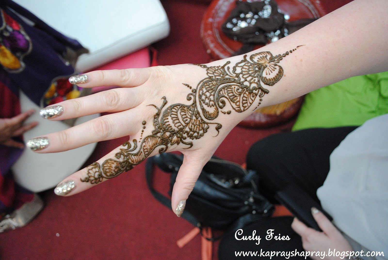 Curly Fries Dholki Night 4 Henna Hands And Friends