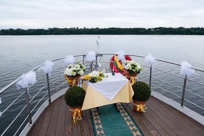 """Vestuvės laive """"Algirdas"""""""