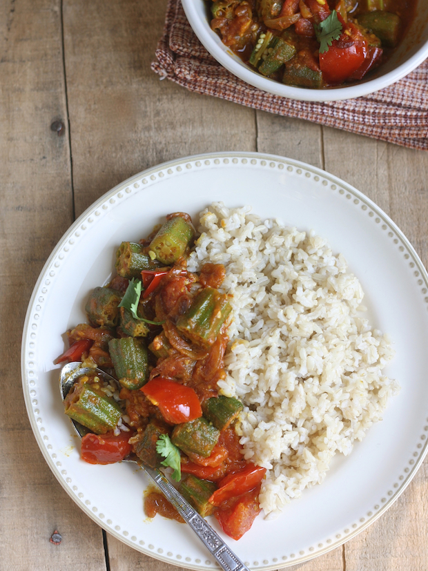 Okra & Tomato Curry by SeasonWithSpice.com