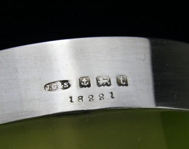 ANTIQUE 20thC SOLID SILVER & GREEN GLASS PITCHER - EWER - JUG, BIRMINGHAM c.1918