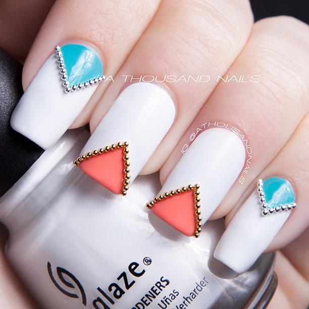 Дизайны ногтей с бульонками