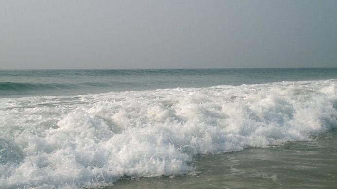 http://3.bp.blogspot.com/-6FJsxZbAbSA/VZk5WYAEqJI/AAAAAAAAA1k/OsgMl8C87cE/s1600/Puri-Jagannath-Mystery-3.jpg