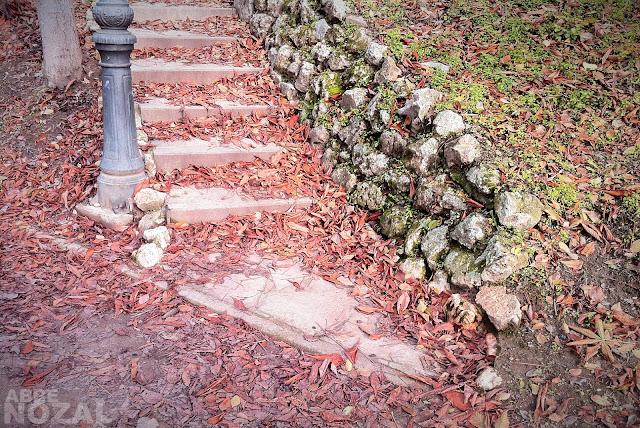 Escalera de piedra, 21012 (cc) Abbé Nozal