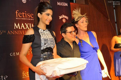 sonam kapoor at maxim anniversary latest photos