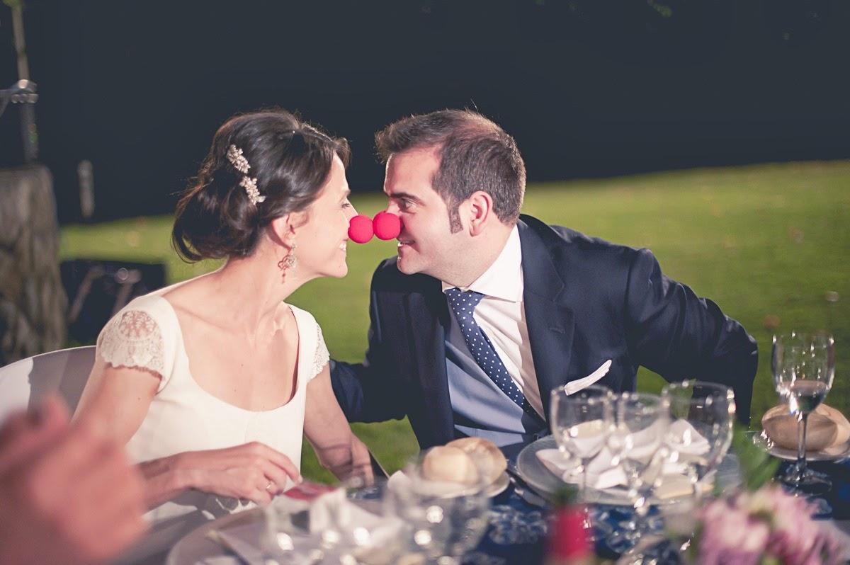 En tu boda regala solidaridad y risas con Fundación Theodora