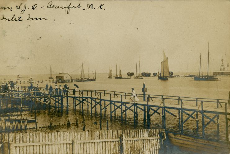 Waterfront - circa 1907 postcard