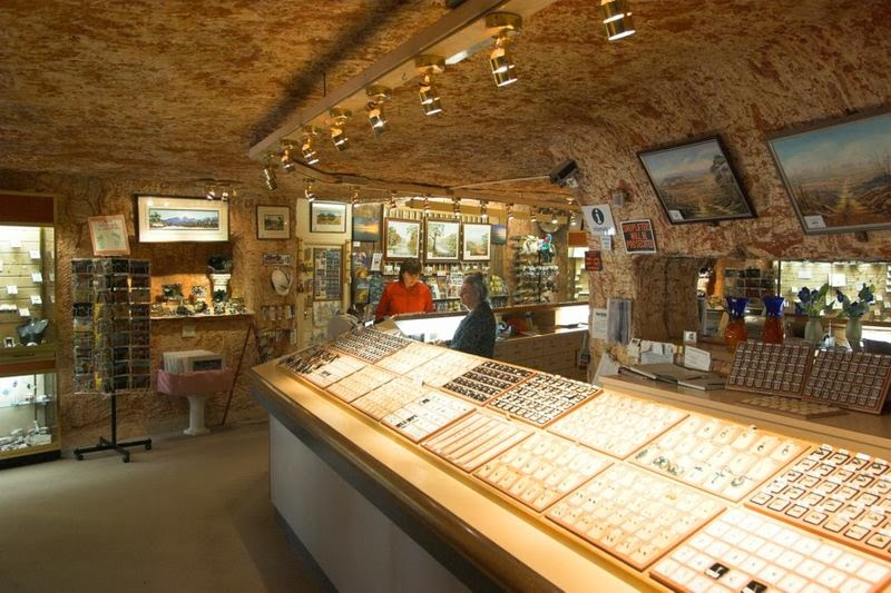 underground-jewelry-shop