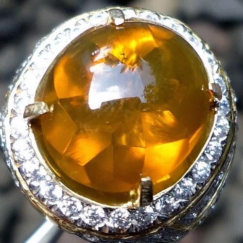 Berjad Api (Fire Opal)