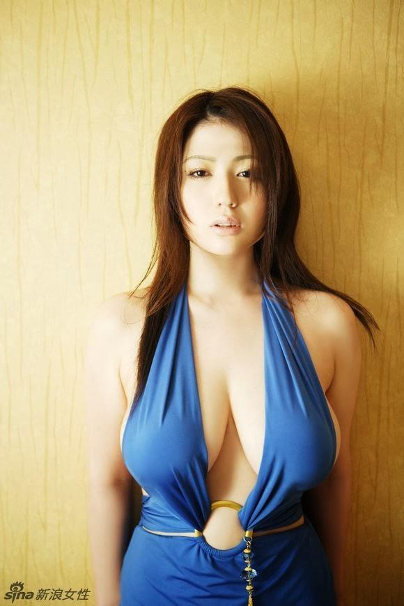 Nonami Takizawa Dengan Blue Seksi Dress | Asian Beauty