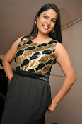 Anchor Chitralekha latest glam pics-thumbnail-10