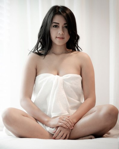 Download Koleksi Foto Sexy Hot Tasia Deti (Deti Dahlia) www.insight-zone.com