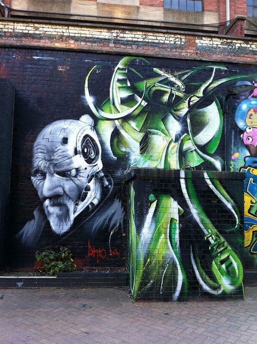 London Graffiti Seen On www.coolpicturegallery.us