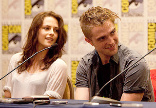 Comic Con 2012 Robert-pattinson-kristen-stewart-comic-con