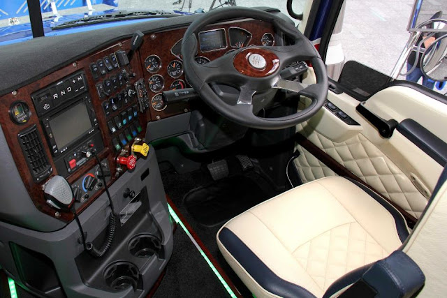 world-most-expensive-mack-truck-driver-cabin
