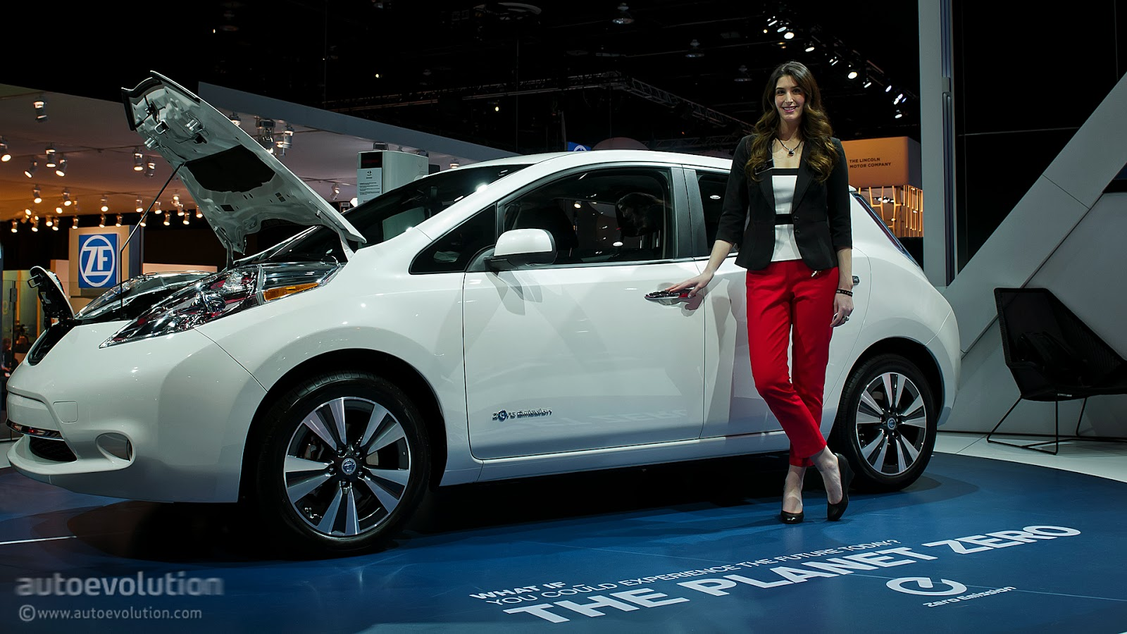 2014 nissan leaf release - photo #4