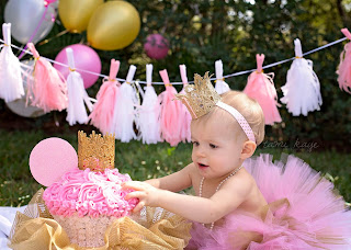 princess minnie, one year old princess party, smash cake, minnie smash cake