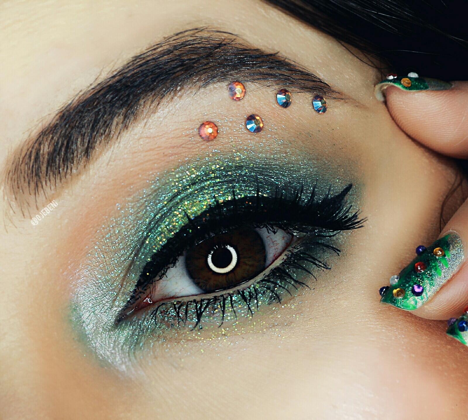 Green glitter eye makeup