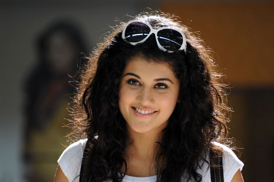 Taapsee Latest Hot Pics