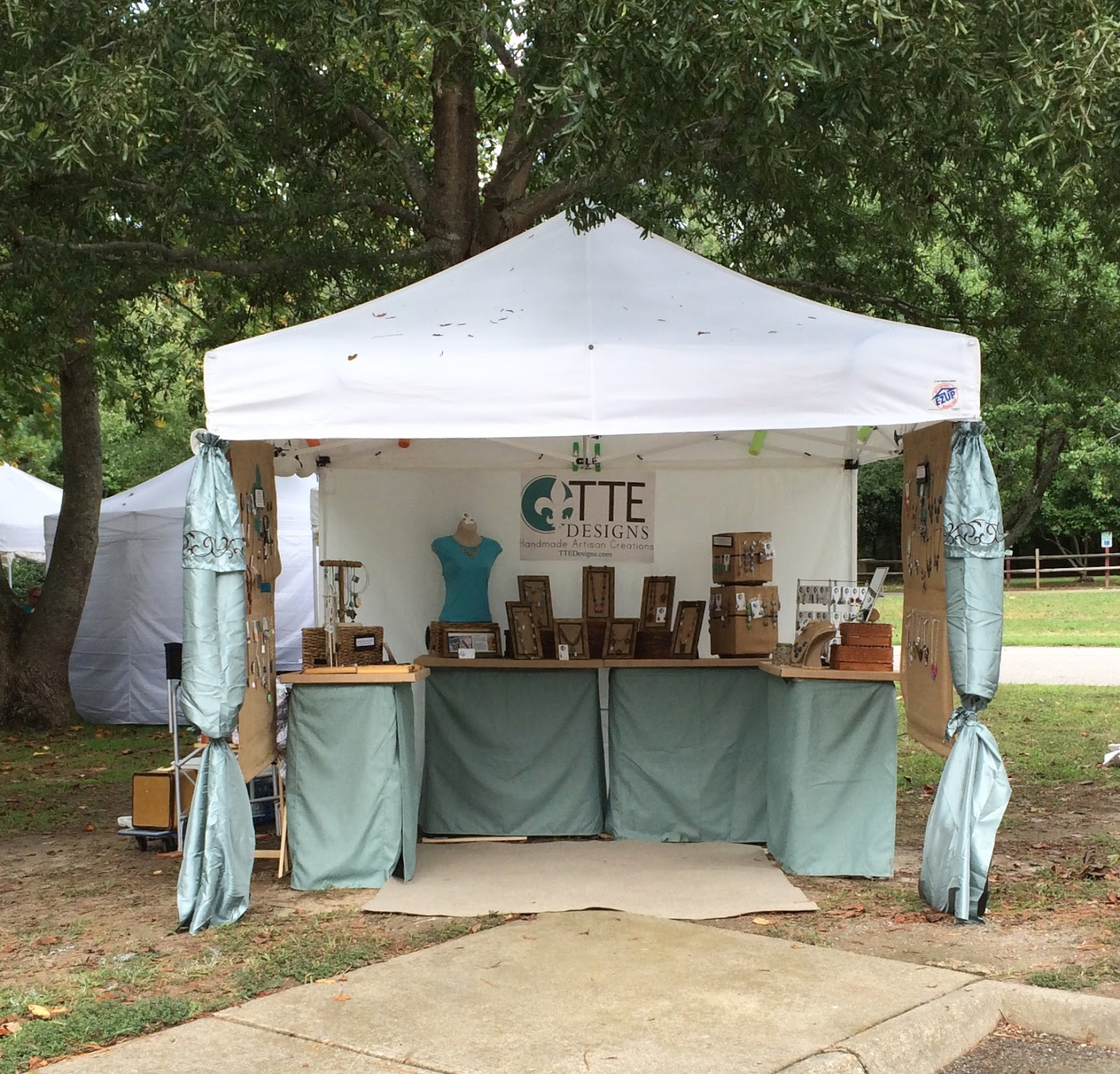 Tte designs working out your booth design from a 10x10 for 10x10 craft show tent