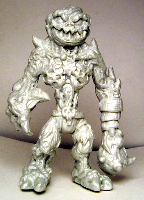 Tenacious Toys Exclusive Pearl White Skekiltor Resin Figure by Halfbad Toyz