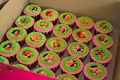 Cupcakes & edible image