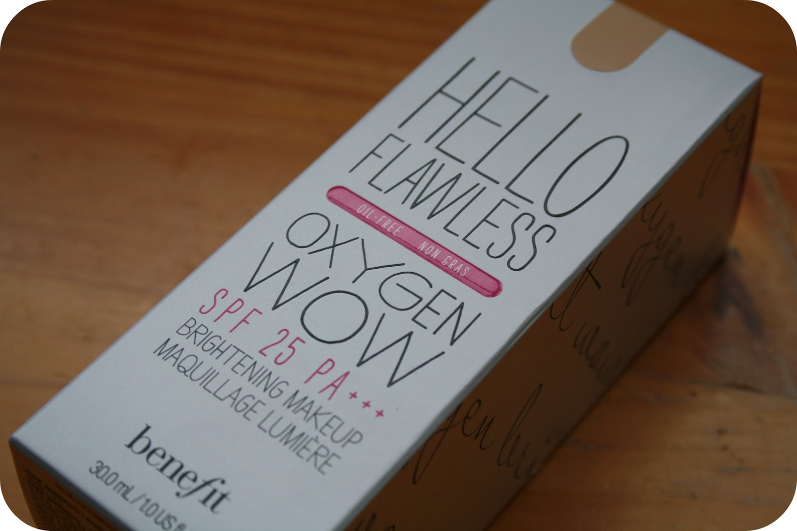 Benefit hello flawless oxygen wow foundation review for Absolutely flawless salon