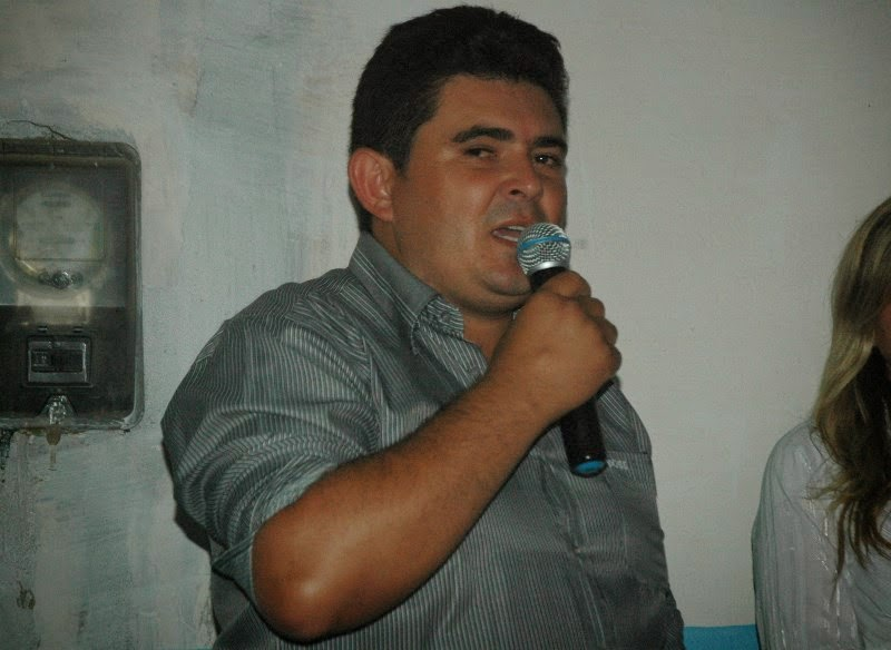 Prefeito Célio Barbosa leva investimentos para o Distrito de Cacimbinha
