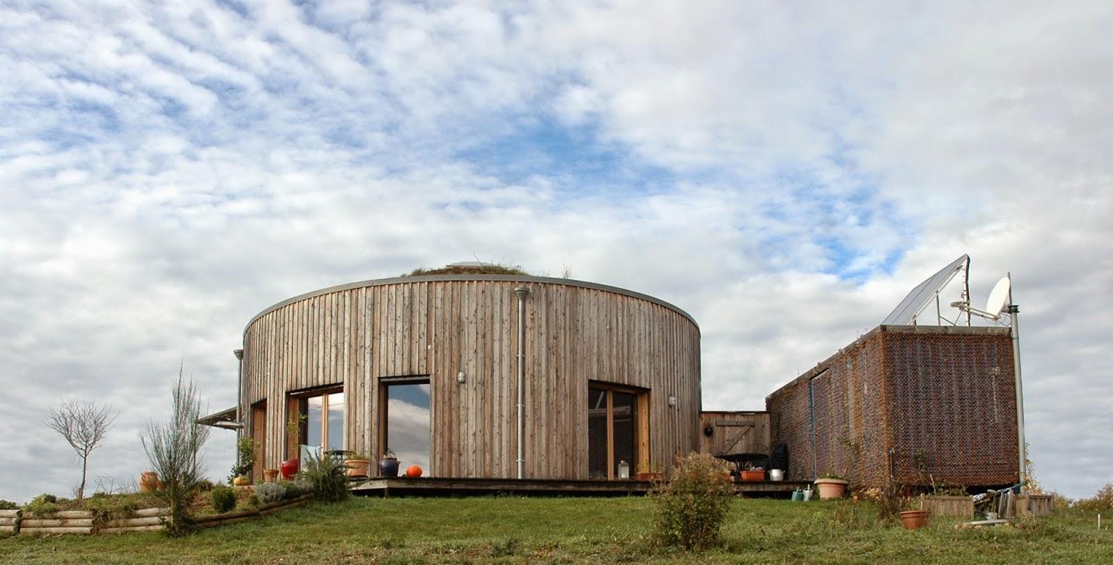 Le projet de cette maison bois écologique bbc a émergé face aux contraintes et aux atouts du site