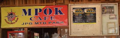 Mpok Cafe