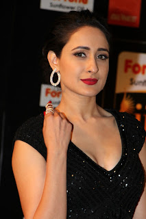 Pragya Jaiswal Pictures in Black Dress at IIFA Awards 2016 ~ Celebs Next