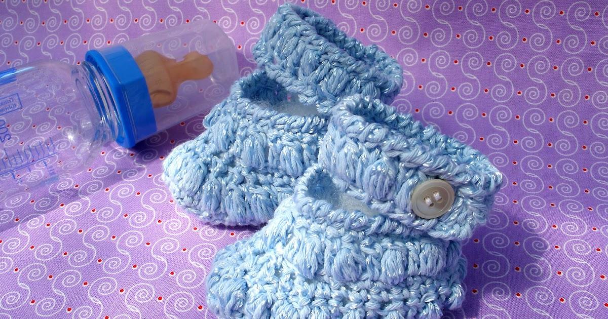 kochloeffel-und-nadelkissen: Süße gehäkelte Babyschuhe