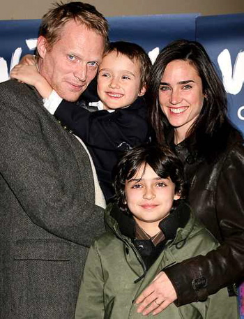 jennifer connelly 39 s husband paul bettany says having young children 39 scares the s t 39 out of him. Black Bedroom Furniture Sets. Home Design Ideas