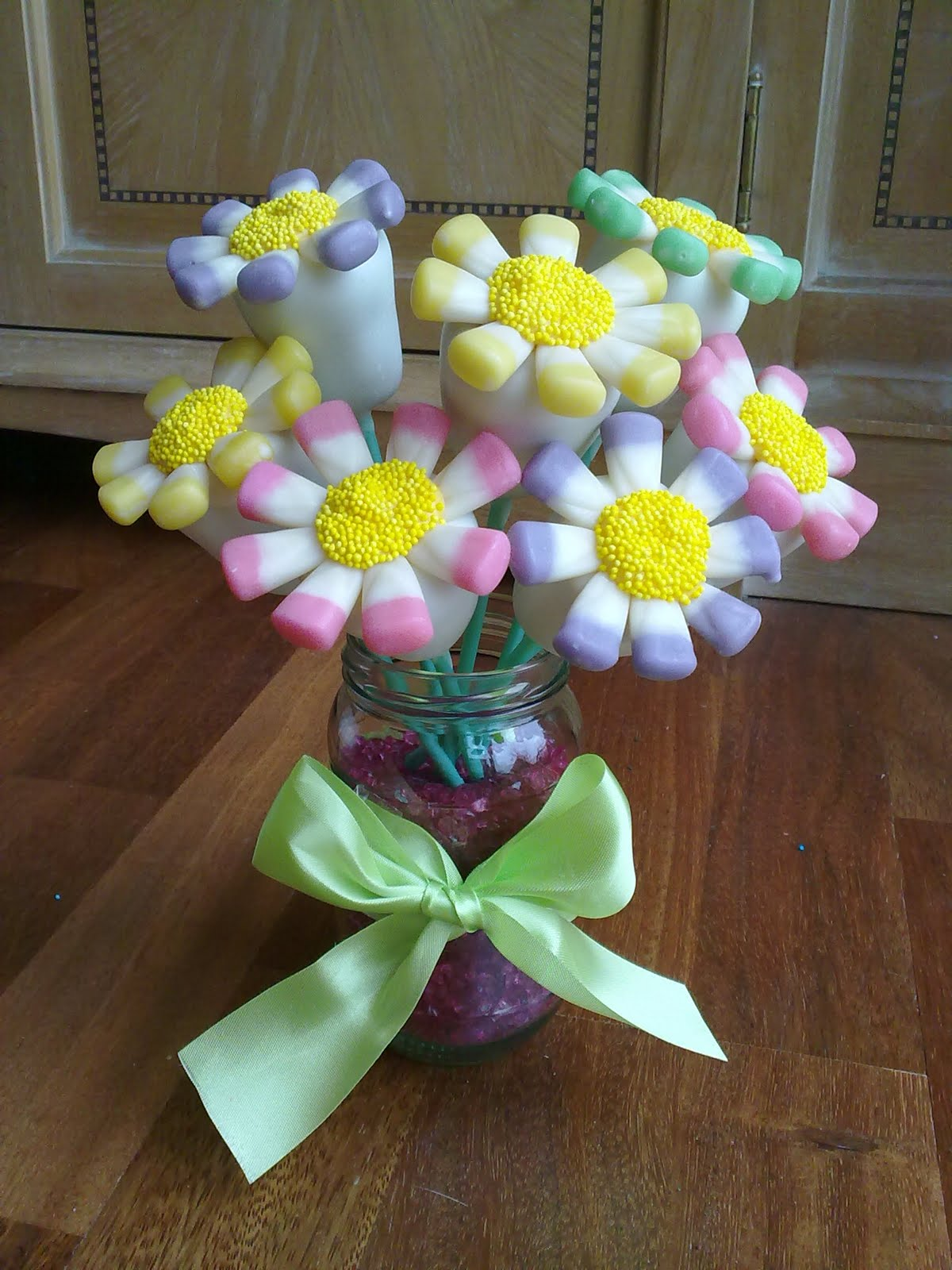 Flower Cake Pop Bouquet