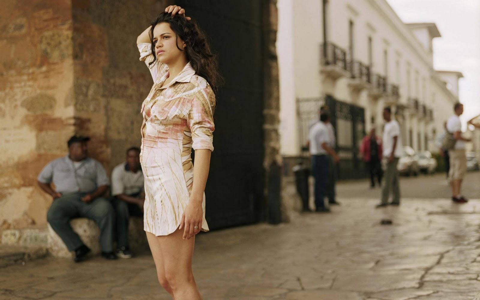 http://3.bp.blogspot.com/-6ItLoxEm_Ns/TpGko6877YI/AAAAAAAACB8/nBoqAAzB1nw/s1600/Michelle+-Rodriguez-13.jpg