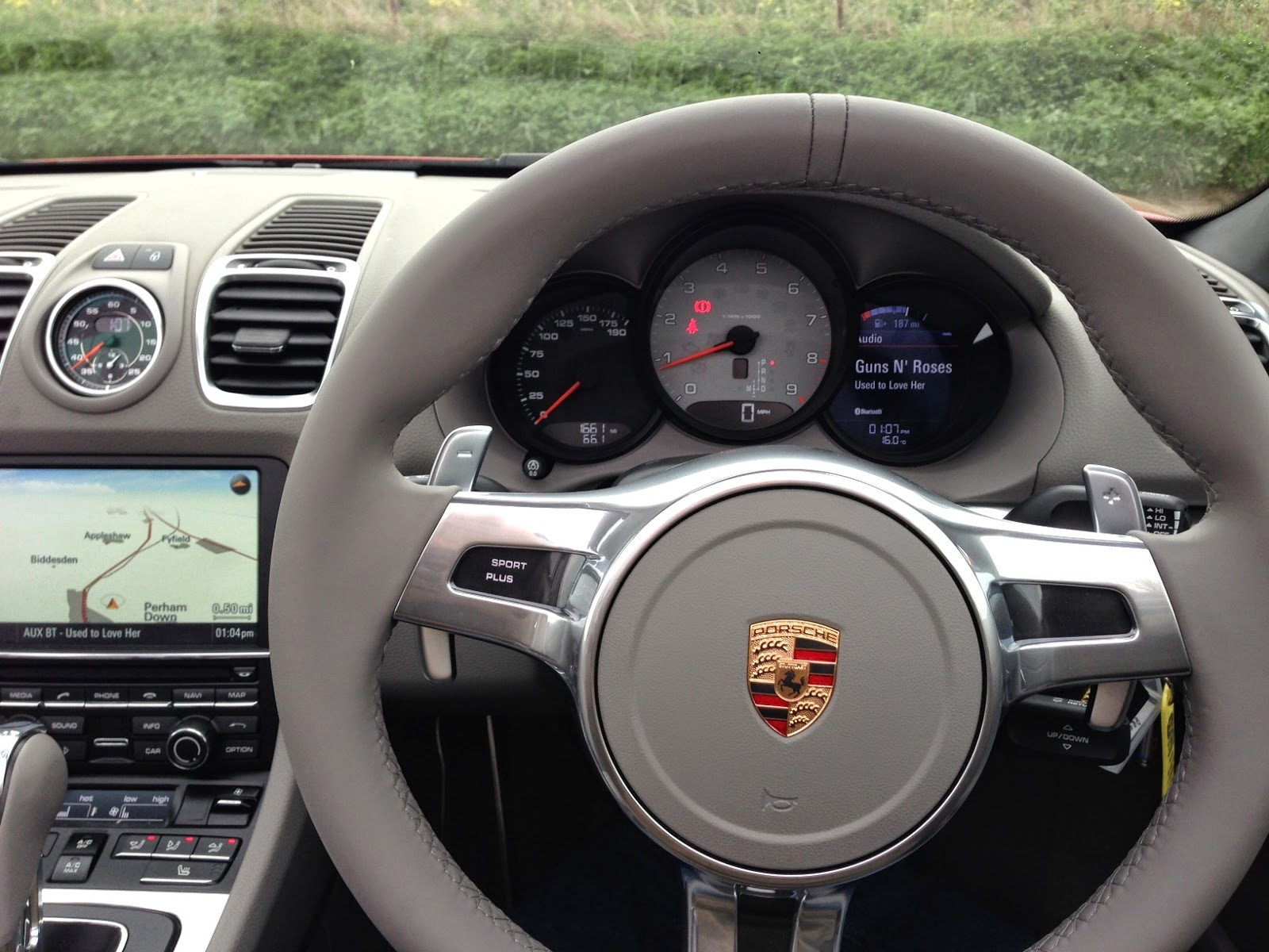 2014 Porsche Boxster S instrument binnacle