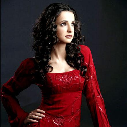 Cute Sanaya Irani in Red Bridal Dress, TV Actress Sanaya Irani Wallpapers