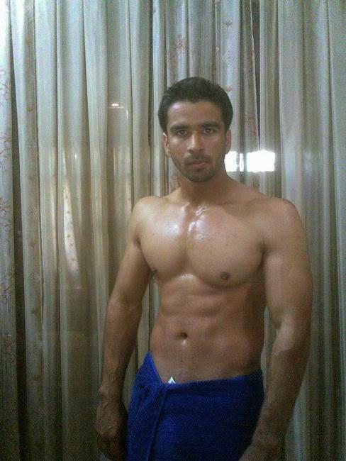 Desi Gay Desires: Hunks in Towel - 5