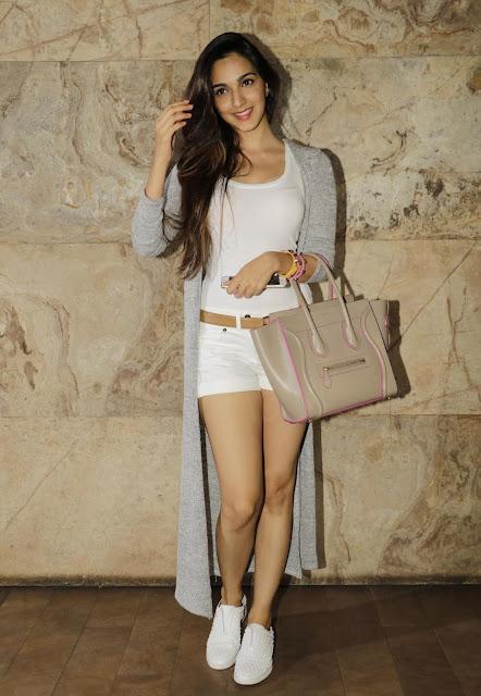 Kiara Advani Showcasing Her Sexy Long Legs At Film 'Bajrangi Bhaijaan' Special Screening At Lightbox Cinema