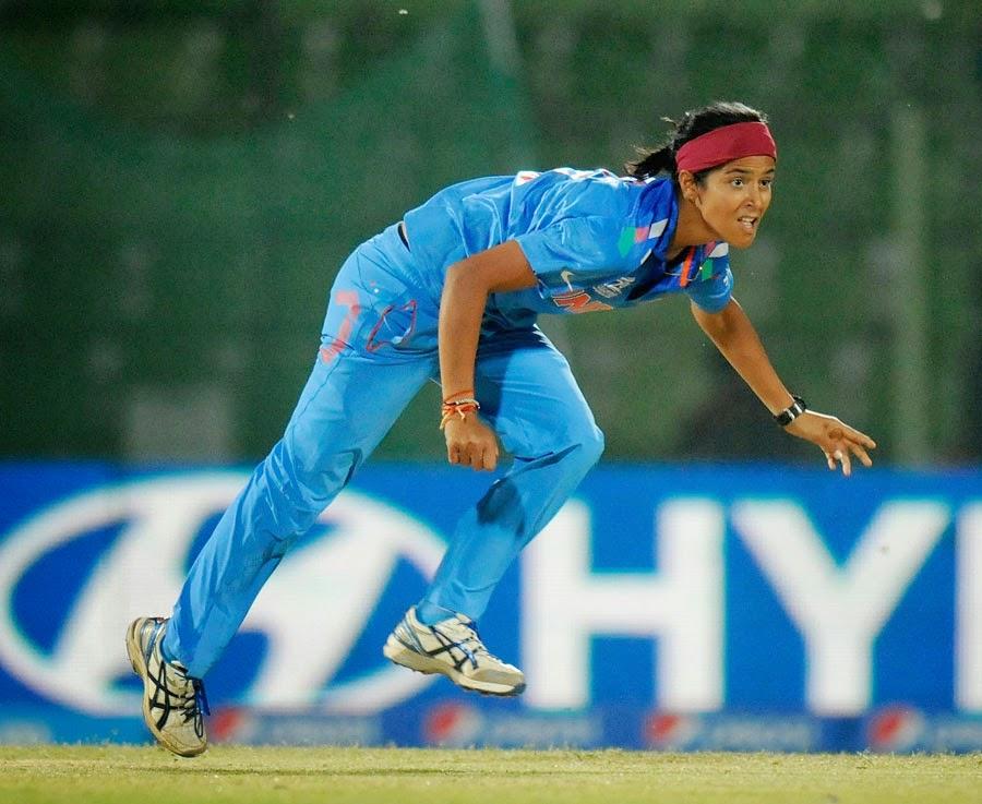 Shubhlakshmi-Sharma-India-vs-Pakistan-(Women)-WT20-2014