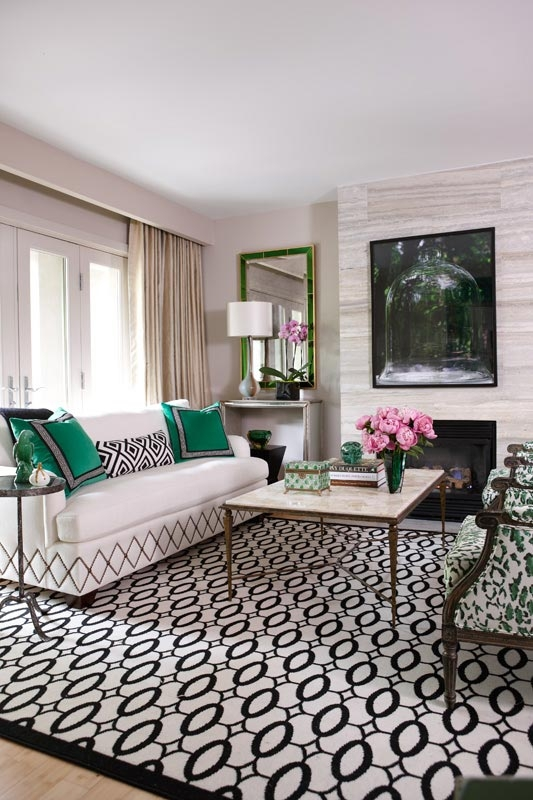 Ranked among the top 25 designers by Canadian House & Home magazine, her  work is always fresh and sophisticated. Let's check out her beautiful  portfolio ...