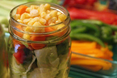 Storing veggies, Salad in a jar